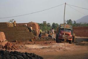 brick-kiln-truck